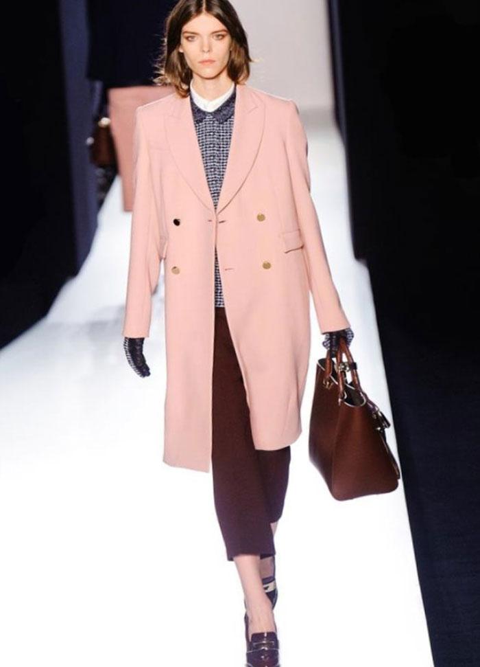 Советы по ношению розового цвета