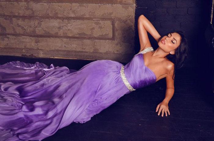 Фиолетовый цвет в вечерней моде