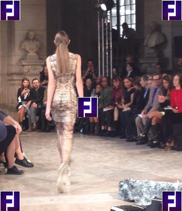 Неделя моды в Париже 2016 - платья