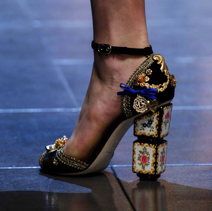 Модные туфли с декором весна-лето 2016