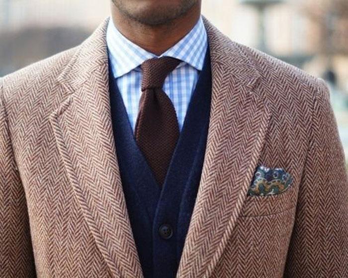 Подбираем цвет галстука